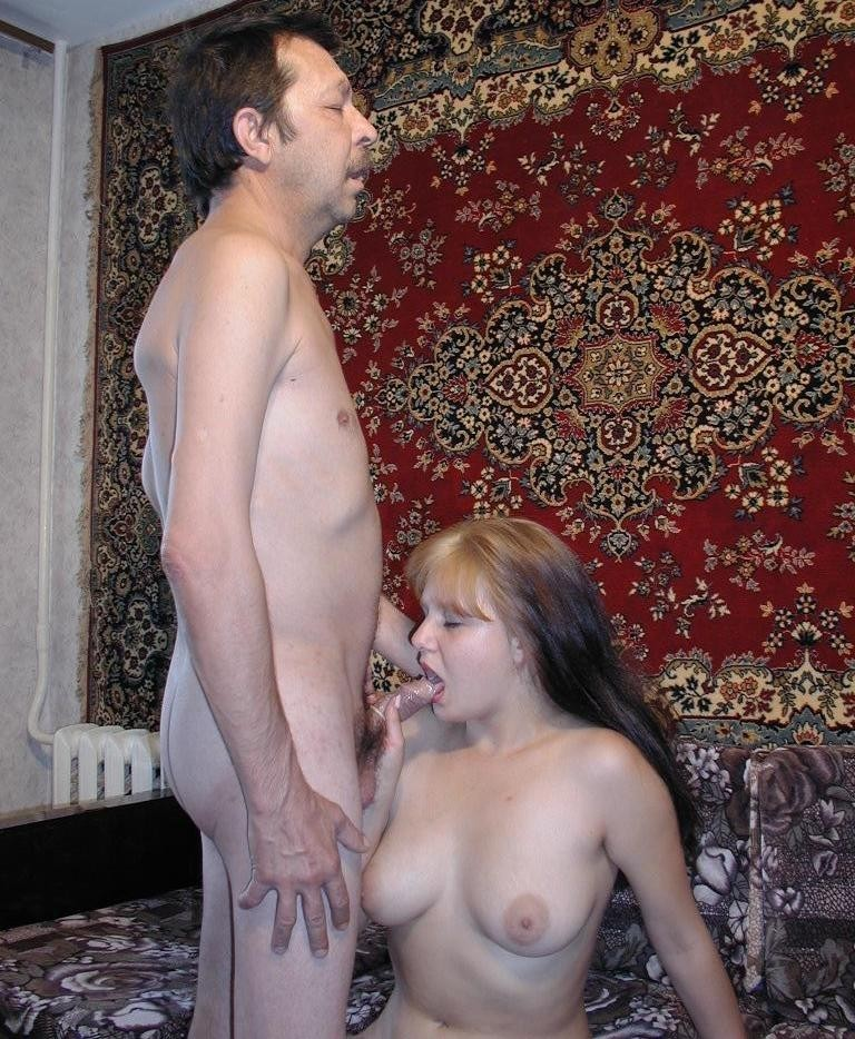 gratis Familie Porno-Fotos - kostenlos Pornobilder - Foto 2043