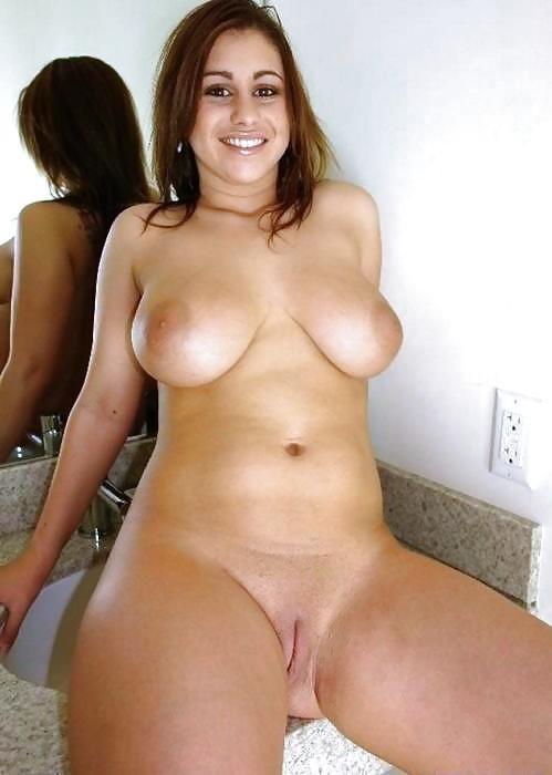 Große hübsche Milf Fotos - kostenlos Pornobilder