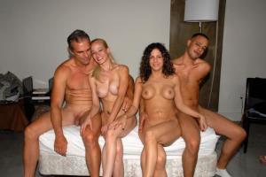 Gruppen fucks Porno Fotos - kostenlos Pornobilder