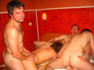 Gruppen fucks xxx Fotos - kostenlos Pornobilder - Foto 2660