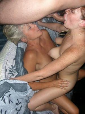 online Familie Sex-Fotos - kostenlos Pornobilder - Foto 2356