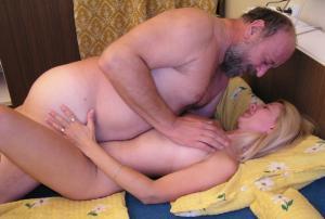 gratis Familie Sex-Fotos - kostenlos Pornobilder - Foto 2078