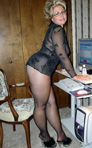 online Reife Frauen - kostenlos Pornobilder - Foto 5083