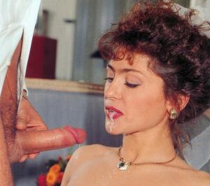 Schwanz Blasen Hündin - kostenlos Pornobilder - Foto 5667