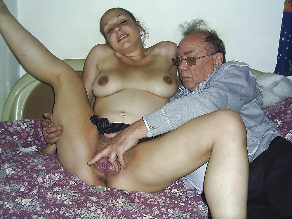 junge Küken und Vater fucks - kostenlos Pornobilder - Foto 2147