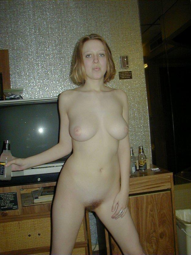 MÄDCHEN. Kostenlose Sexbilder, beste Pornofotos und heiße XXX