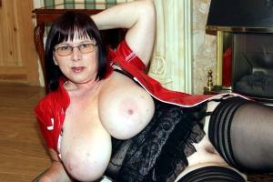 Reife Frauen Sexfotos - kostenlos Pornobilder - Foto 5171
