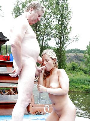 kostenlose Familie xxx Bilder - kostenlos Pornobilder - Foto 2189